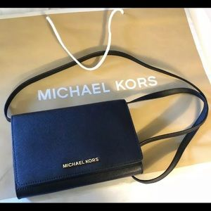 $168 Michael Kors Jet Set Crossbody Clutch MK Bag